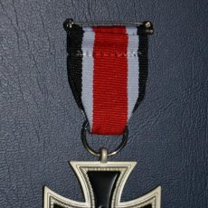 Militaria: REPRODUCCION CRUZ DE HIERRO. Lote 52001948