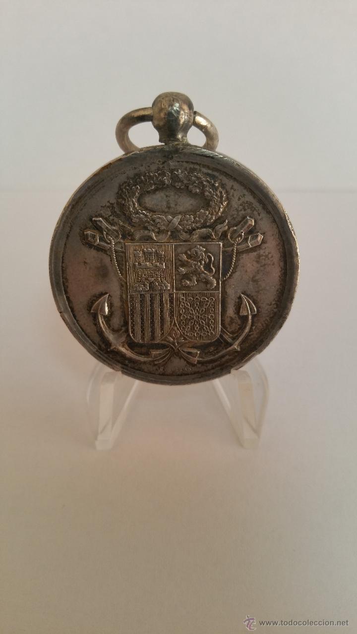 MEDALLA DE HONOR SALVAMENTO DE BUQUES EPOCA GOBIERNO PROVISIONAL 1868 - 1870 (Militar - Medallas Españolas Originales )