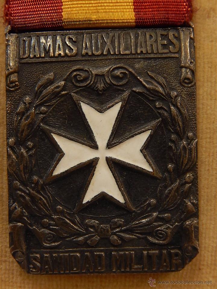 Militaria: Medalla Damas Auxiliares Sanidad Militar, con pasador Constancia. Época de Franco. - Foto 3 - 52750824