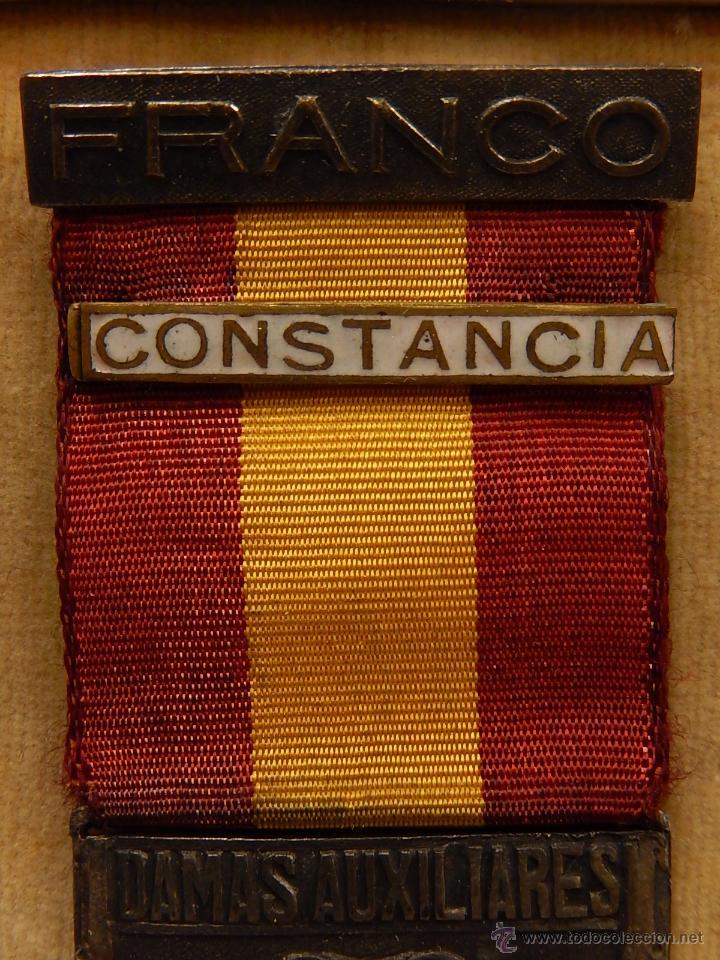Militaria: Medalla Damas Auxiliares Sanidad Militar, con pasador Constancia. Época de Franco. - Foto 4 - 52750824