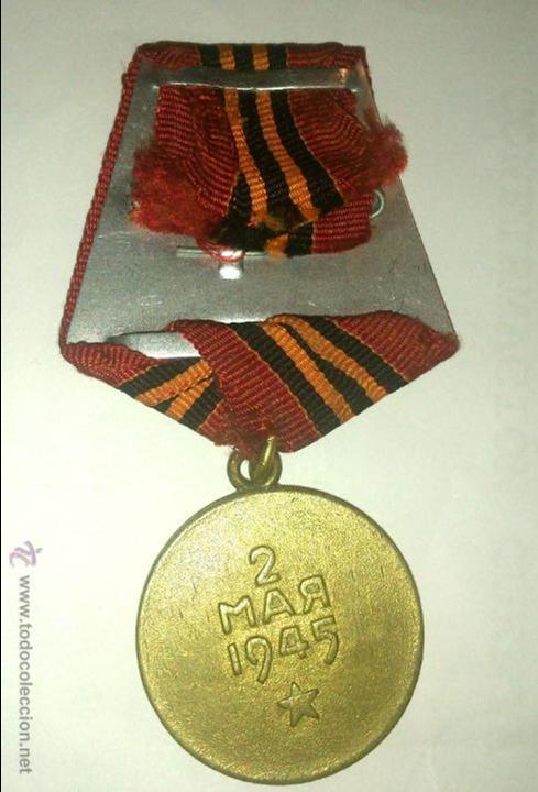 Militaria: Medalla por la Conquista de Berlín .URSS . - Foto 2 - 53285114