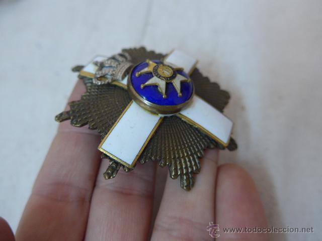 Militaria: Antigua placa medalla hecha con varias distintas, tipo san fernando. - Foto 3 - 53352497