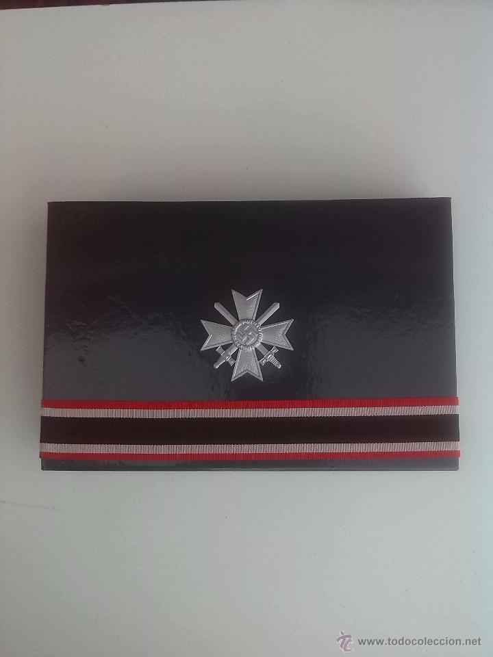 Militaria: CAJA CONMEMORATIVA MEDALLA ALEMANA CRUZ DE CABALLERO RITTERKREUZ Kriegsverdienstkreuz KVK III REICH. - Foto 2 - 53587935
