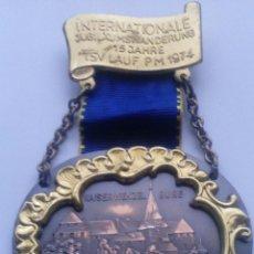 Militaria: MEDALLA CASTILLO DE KAISERWENZEL BURG. ALEMANIA. 1974. Lote 54282727