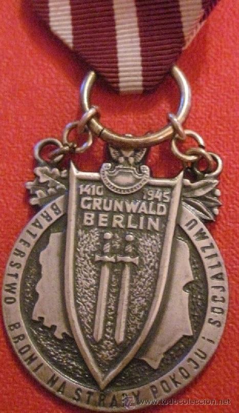 MEDALLA MILITAR POLONIA SEGUNDA GUERRA MUNDIAL WWII 1945 GRUNWALD BERLIN DIFICIL DE CONSEGUIR (Militar - Medallas Internacionales Originales)