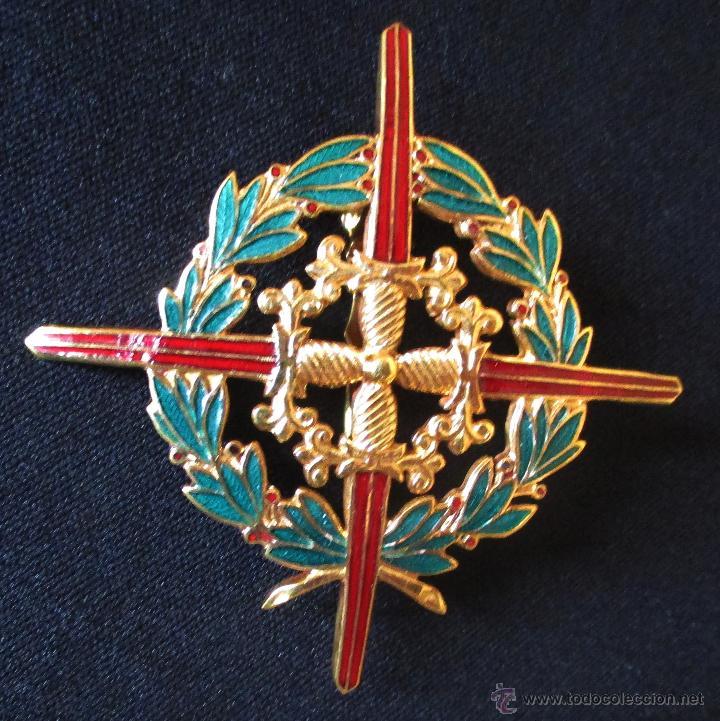 CRUZ LAUREADA DE SAN FERNANDO (Militar - Medallas Españolas Originales )