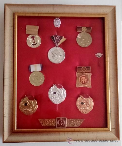 BONITO LOTE DE 8 MEDALLAS MILITARES, INSIGNIA Y AGUJAS DE LA ALEMANIA DEL ESTE ORIGINALES (Militar - Medallas Internacionales Originales)