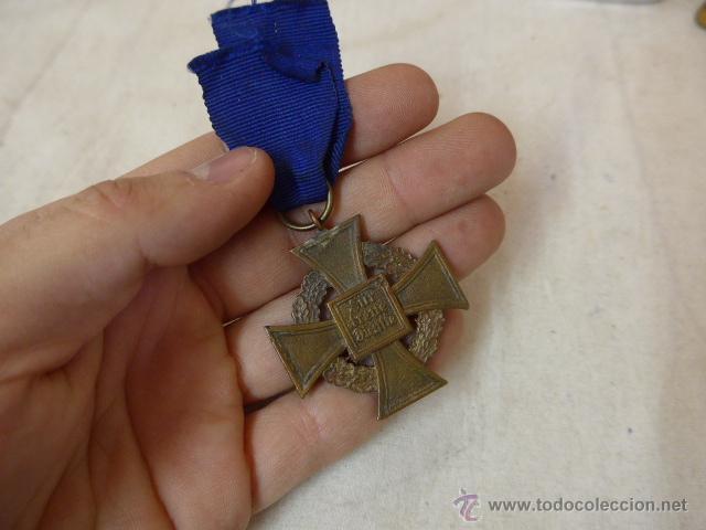 ANTIGUA MEDALLA ALEMANA MEDIO DESNAZIFICADA, ORIGINAL, AL SERVICIO PRESTADO, III REICH, ALEMANIA (Militar - Medallas Extranjeras Originales)