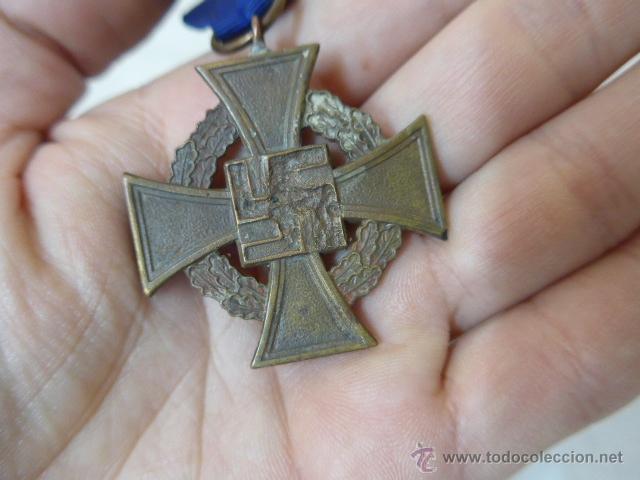 Militaria: Antigua medalla alemana medio desnazificada, original, Al servicio prestado, III Reich, alemania - Foto 3 - 54979778