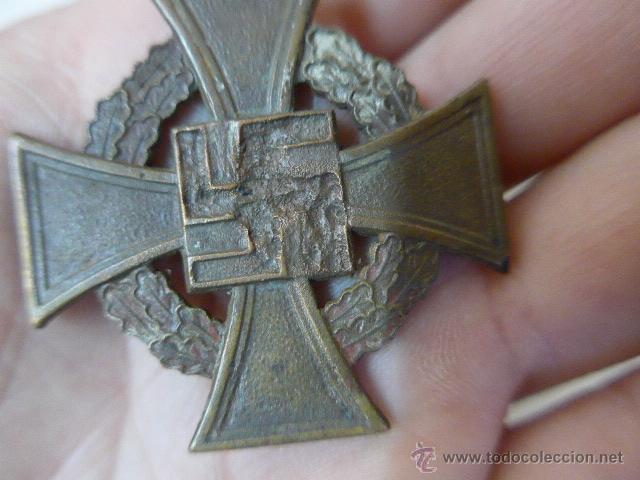 Militaria: Antigua medalla alemana medio desnazificada, original, Al servicio prestado, III Reich, alemania - Foto 4 - 54979778