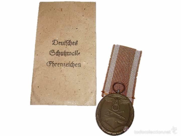 MEDALLA ORIGINAL...PARA EL TRABAJO PARA LA PROTECCION DE ALEMANIA. (Militar - Medallas Extranjeras Originales)