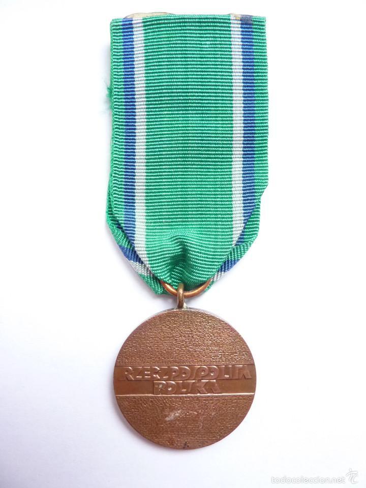 Militaria: Polonia: Medalla del Mérito en el Transporte (categoría de bronce). Época actual - Foto 2 - 55156289