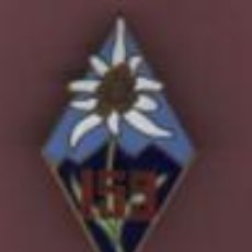 Militaria: MEDALLA O AGUJA - FRANCIA - ? ARTHUS BERTRAND - ESMALTADA FLOR DE NIEVE 159 - EDELWEISS. Lote 55401017