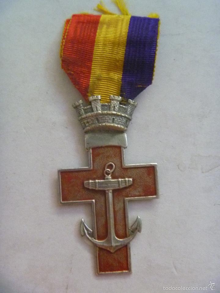 REPUBLICA : MEDALLA DEL MERITO NAVAL DISTINTIVO ROJO PARA ACCION DE GUERRA. GRANDE PLATA (Militar - Medallas Españolas Originales )
