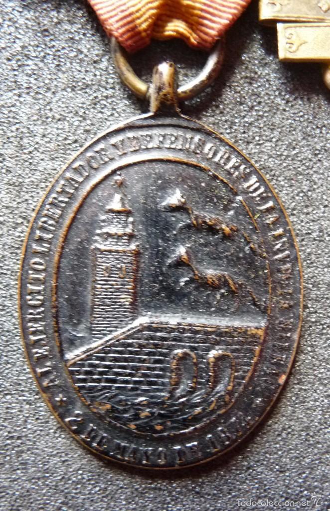 Militaria: (JX-1440)Pasador con las medallas de Bilbao (G.C.747) y Alfonso XII (G.C.756) . Guerras Carlistas . - Foto 2 - 57154128