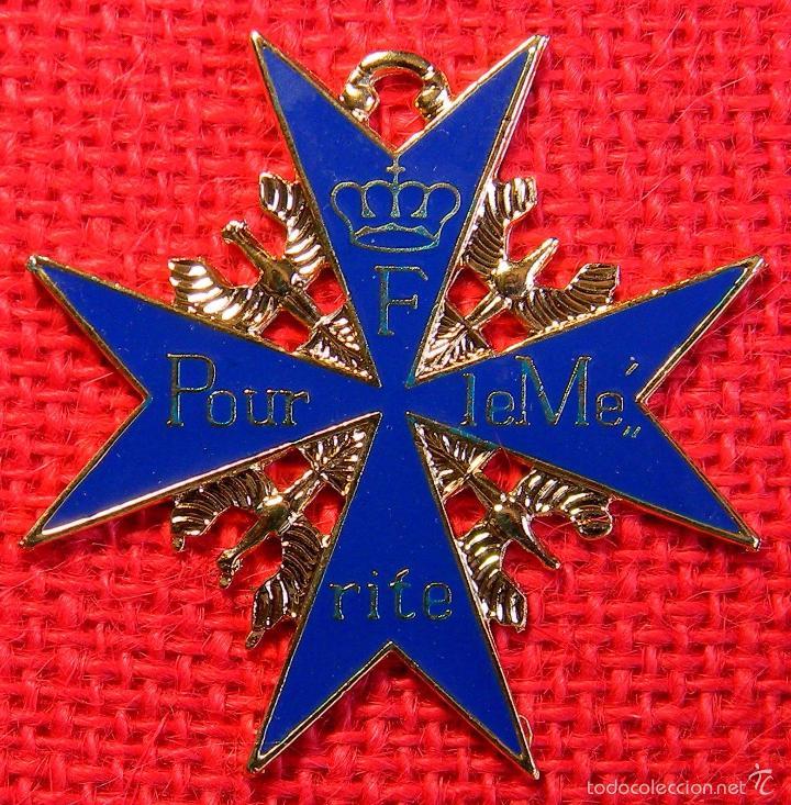 ALEMANIA IMPERIAL - POUR LE MERITE - METAL Y ESMALTE. (Militar - Reproducciones y Réplicas de Medallas )