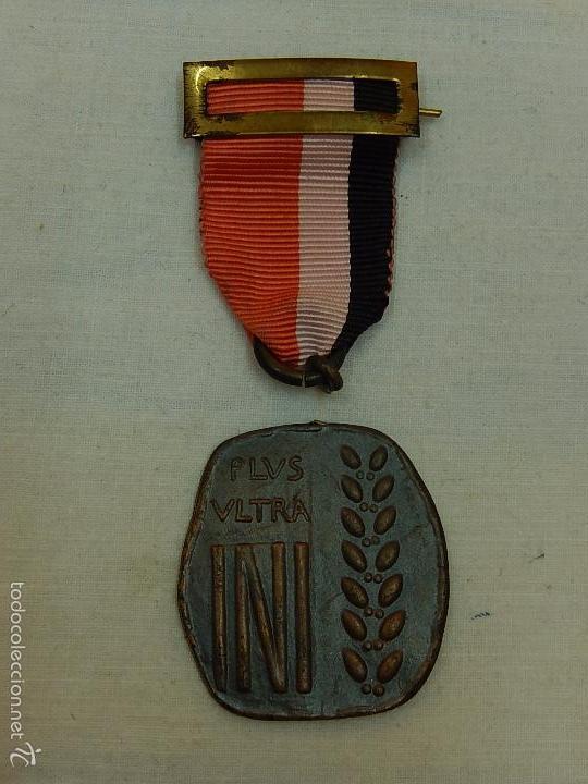 MEDALLA PLUS ULTRA. INI. (Militar - Medallas Españolas Originales )