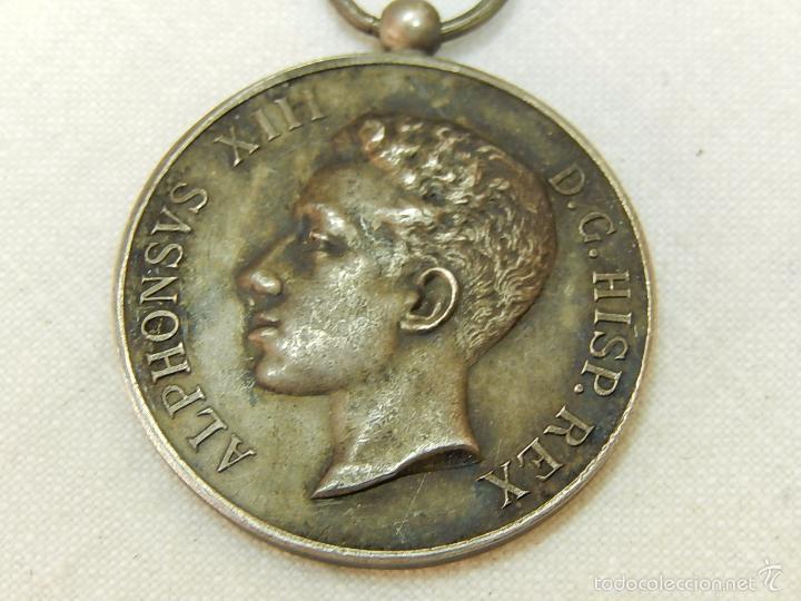 Militaria: Medalla Alfonso XIII. 1902. - Foto 2 - 57420235