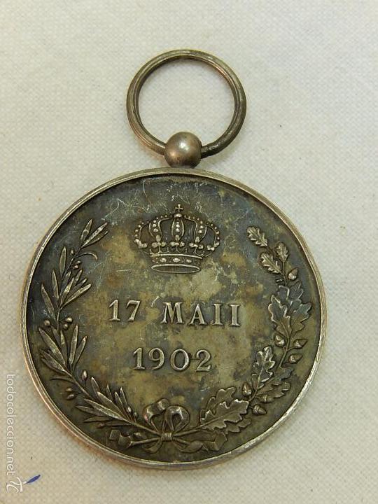 Militaria: Medalla Alfonso XIII. 1902. - Foto 3 - 57420235
