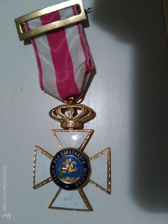 Militaria: MEDALLA DE LA ORDEN DE SAN HERMENEGILDO - PREMIO A LA CONSTANCIA MILITAR - MONARQUIA JUAN CARLOS I - Foto 2 - 58560322