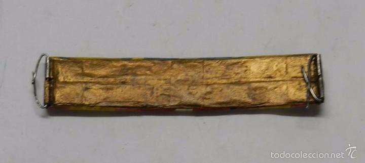 Militaria: Pasador de condecoraciones antiguo, Con 6 cintas. Mide 9 cms. - Foto 2 - 58777981