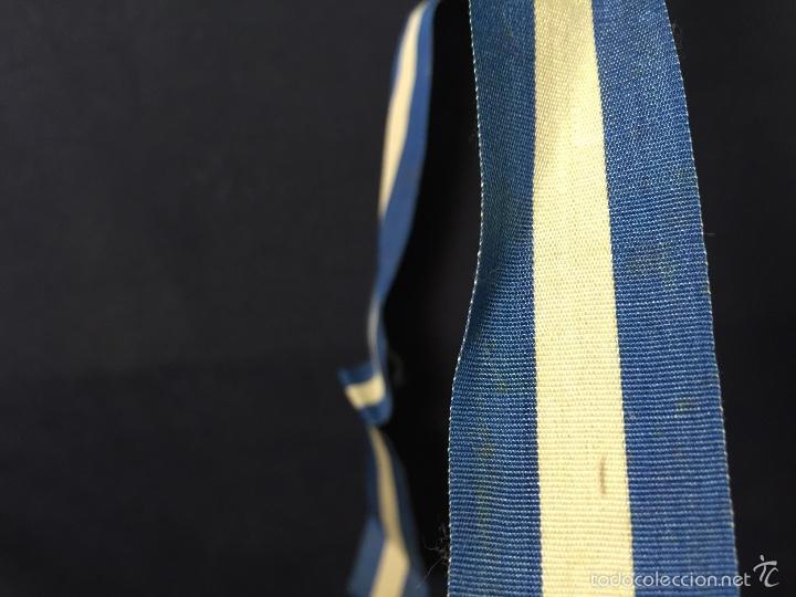 Militaria: cinta azul blanca militar español insignia condecoracion medalla 84x2,5cms s XX ppios - Foto 5 - 59979127