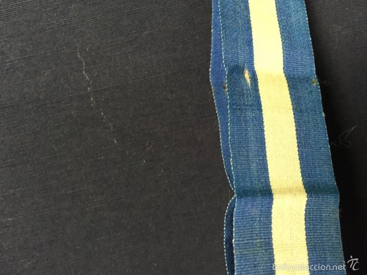 Militaria: cinta azul blanca militar español insignia condecoracion medalla 84x2,5cms s XX ppios - Foto 6 - 59979127