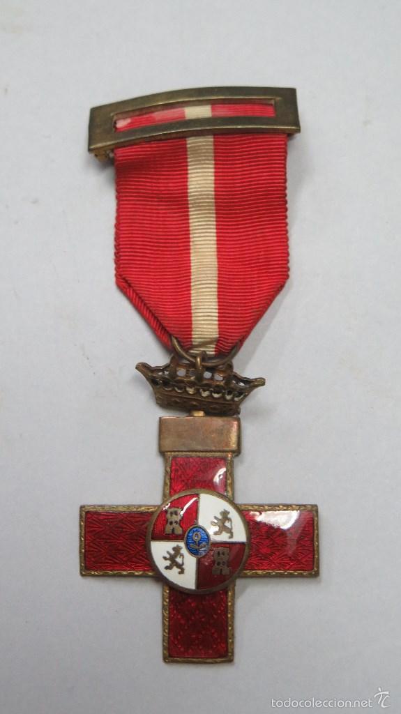 MEDALLA CRUZ MERITO MILITAR DISTINTIVO ROJO. BUEN ESTADO (Militar - Medallas Españolas Originales )