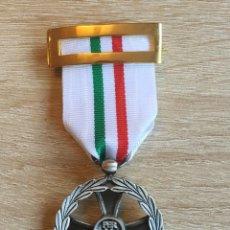 Militaria: MEDALLA CRUZ CONMEMORATIVA DEL MANTENIMIENTO DE LA PAZ EN ITALIA, EXCELENTE ESMALTADO. Lote 60534055