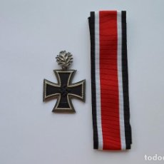Militaria: WWII GERMAN KNIGHT'S CROSS OF THE IRON CROSS WITH OAK LEAVES. Lote 62132260