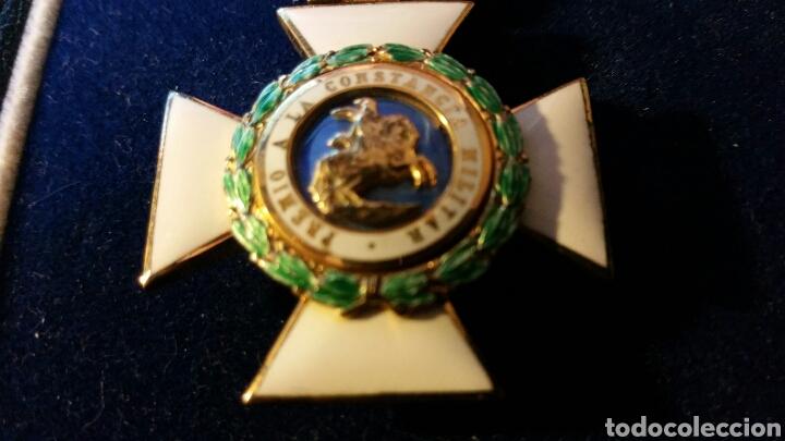 Militaria: Encomienda de la Orden de San Hermenegildo oro de ley con marcajes peso sin cinta 34 gramos - Foto 2 - 65019137