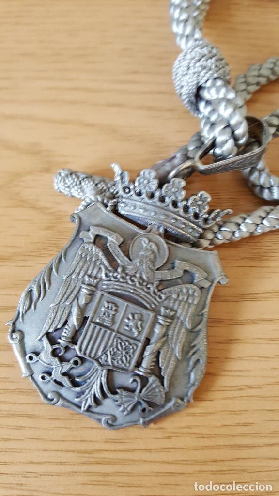 PERFUNDET OMNIA LUCET EPOCA E FRANCO (Militar - Medallas Españolas Originales )
