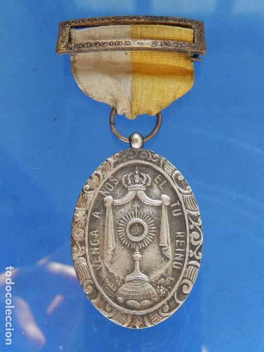 MEDALLA CONGRESO EUCARÍSTICO. MARQUINA. 1943. PARECE DE PLATA. (Militar - Medallas Españolas Originales )