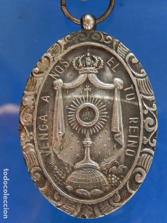 Militaria: Medalla Congreso Eucarístico. Marquina. 1943. Parece de Plata. - Foto 2 - 68008521