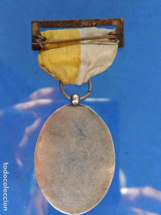 Militaria: Medalla Congreso Eucarístico. Marquina. 1943. Parece de Plata. - Foto 8 - 68008521