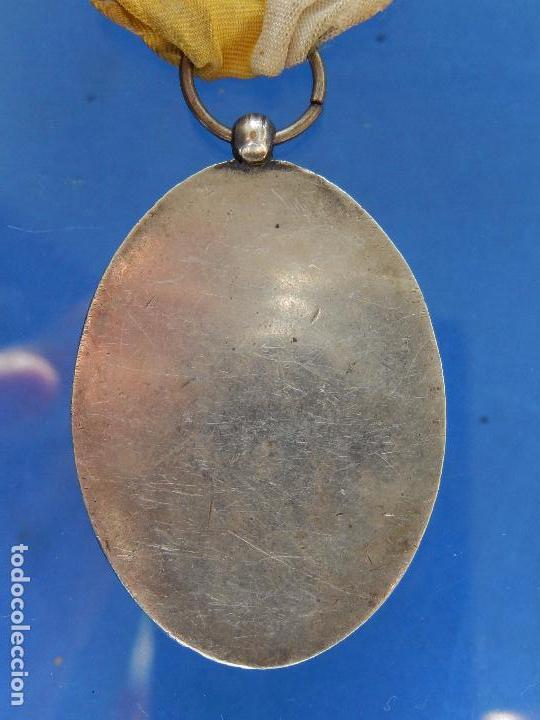 Militaria: Medalla Congreso Eucarístico. Marquina. 1943. Parece de Plata. - Foto 9 - 68008521
