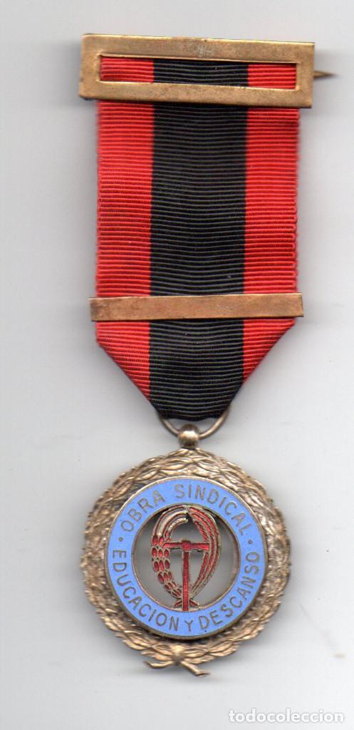 OBRA SINDICAL .EDUCACIÓN Y DESCANSO (Militar - Medallas Españolas Originales )