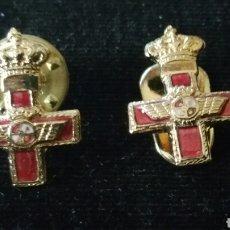 Militaria: 2 MINIATURAS PARA SOLAPA CON DIFERENTES ENGANCHES AL MÉRITO MILITAR AÉREO DISTINTIVO ROJO. Lote 194367290