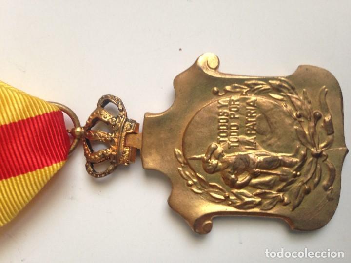 Militaria: Medalla Homenaje Ayuntamientos a Alfonso XIII. 1925. España - Foto 3 - 70310581