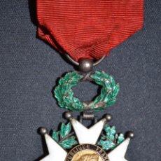 Militaria: ORIGINAL ANTIGUA MEDALLA PLATA LEY 925 Y ORO DE 18 KT DE HONOR FRANCIA 1870 1 GUERRA 14 18 CABALLERO. Lote 70546201