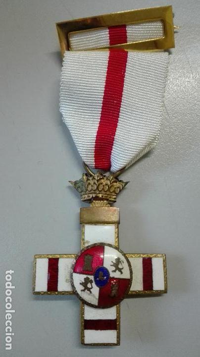 MEDALLA MÉRITO MILITAR PENSIONADA. BIFACIAL. ÉPOCA DE FRANCO (Militar - Medallas Españolas Originales )