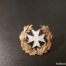 Militaria: MEDALLA: INSIGNIA DE SANIDAD, CRUZ PLATEADA LAUREADA, ÉPOCA REPUBLICA ESPAÑOLA. Lote 77930689