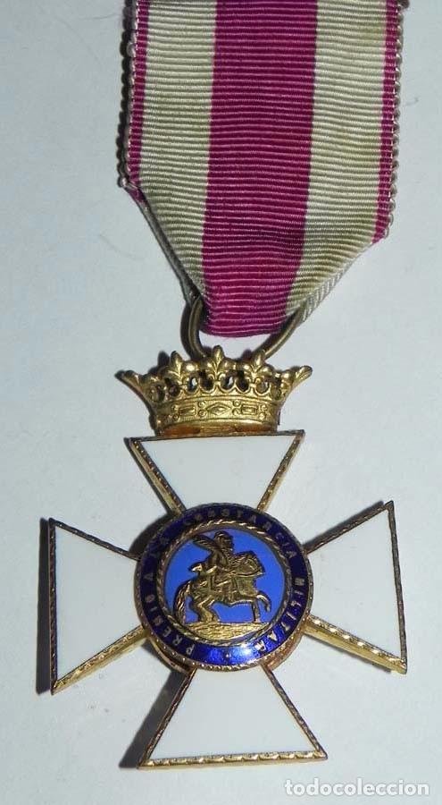MEDALLA, CRUZ PREMIO A LA CONSTANCIA MILITAR - FERNANDO VII - TAL Y COMO SE VE EN LAS FOTOGRAFIAS PU (Militar - Medallas Españolas Originales )