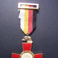 Militaria: MEDALLA CONMEMORATIVA 25 AÑOS DE PAZ 1939-1964. Lote 88128444