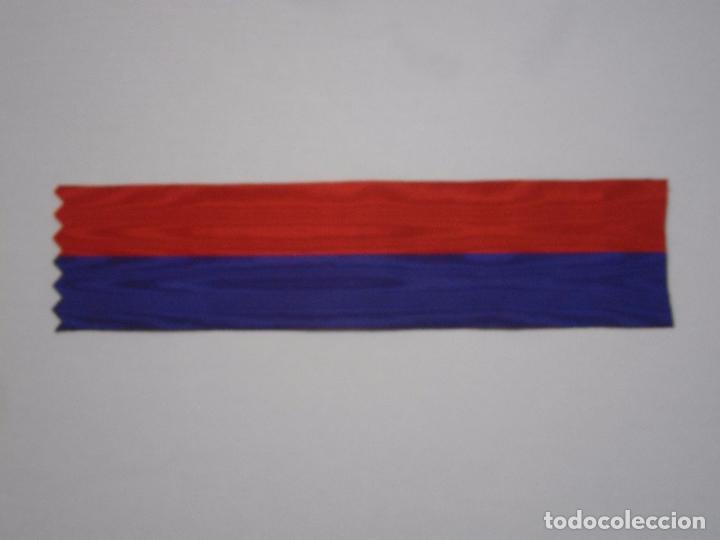 Militaria: Cinta antigua de la Medalla de los Voluntarios de Cuba 1898-tambien San Marcos y San Marcial-seda - Foto 2 - 116078020