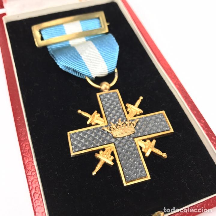 CRUZ DE GUERRA. MODELO 1942. EN SU CAJA. (Militar - Medallas Españolas Originales )