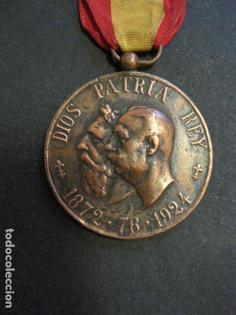 Militaria: MEDALLA CARLISMO - VETERANOS DE LA LEGITIMIDAD DIOS PATRIA REY 1872-76- 1924-VER FOTOS-(V- 11.640) - Foto 3 - 89853048