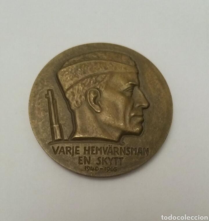 MEDALLA CAMPEONATO DE TIRO SUECIA, VARGE HEMVARNSMAN EN SKYTT 1940-1965 (Militar - Medallas Internacionales Originales)