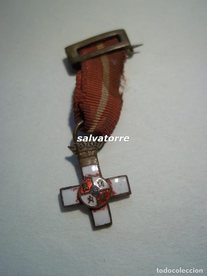 CRUZ MERITO MILITAR. DISTINTIVO BLANCO. GUERRA CIVIL. (Militar - Medallas Españolas Originales )