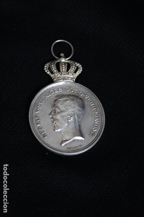 MEDALLA DE PLATA DE ORIGEN SUECO GUSTAV V, 1925 (Militar - Medallas Extranjeras Originales)